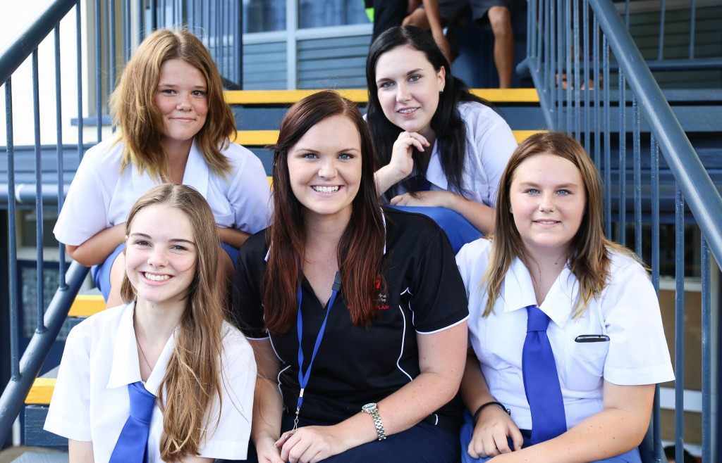 SU QLD School Chaplain with School Students